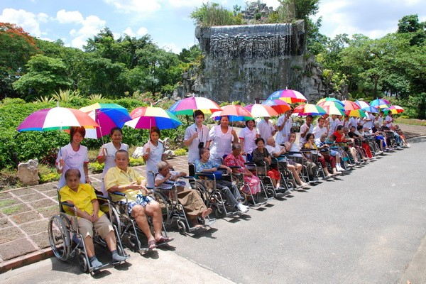 Outings / Tours for the elderly