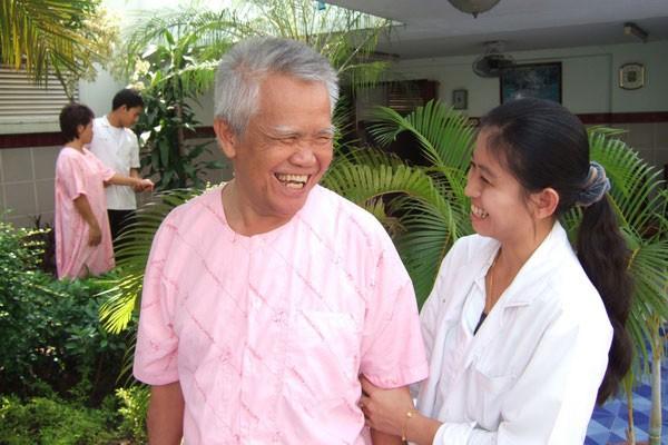 Dr. Pariya Nupasan
